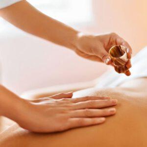 46406242 s Massage Quadrat 300x300 - Aromabehandlungen